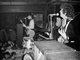 never-before-seen photos of britain's first ever rock festival with hendrix, cream and pink floyd