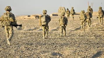 Afghanistan: UK considers sending more troops