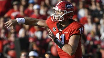 Fishing Incident Sends Georgia QB Jake Fromm to Hospital With Leg Injury