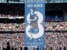 Man United and Chelsea fans unveil banners to pay tribute to Ray Wilkins ahead of FA Cup final