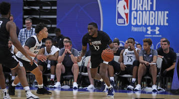 which players without agents helped or hurt their stock during the nba draft combine?