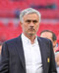 teddy sheringham puts boot into 'boring' manchester united and jose mourinho