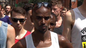great manchester run: mo farah leads manchester bomb anniversary tribute