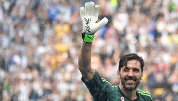 why gianluigi buffon needs to hang up his gloves for good before he risks tarnishing his career
