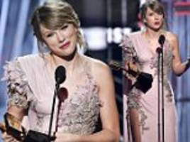 Taylor Swift thanks 'female artists who paved the way' for her at the Billboard Music Awards