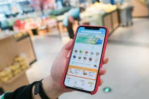 Alibaba's futuristic supermarket in China is light-years ahead of the US, with 30-minute deliveries and facial recognition payment — and shows where Amazon will likely take Whole Foods