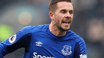 Everton's Sigurdsson in final squad for Iceland's first World Cup