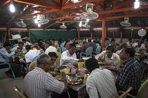 ramadan 2018 - this is what companies must do to support muslim staff through this month of fasting