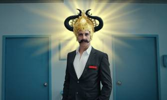 policybazaar.com and paisabazaar.com sign actor akshay kumar as brand ambassador