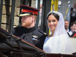 prince harry and meghan markle chose platinum jewelry to celebrate their wedding day