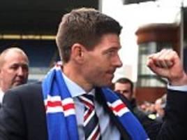 jamie carragher calls on rangers to give steven gerrard backing