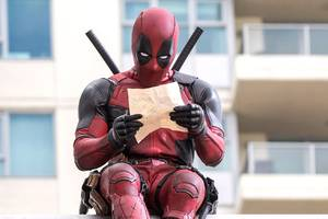ryan reynolds, michael bay, and the writers of deadpool are making a netflix movie