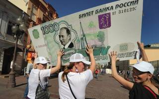 DEBATE: Does it make sense to clamp down on Russian money in the City?