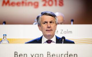 shareholders have rebelled against shell's €9m pay packet to its ceo