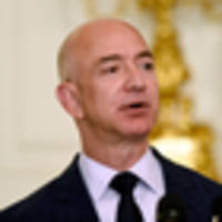 Amazon boss Jeff Bezos tests staff loyalty by offering them $7000 to quit