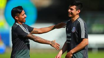 mexico star fails to rule out everton move but insists his mind is on world cup duty