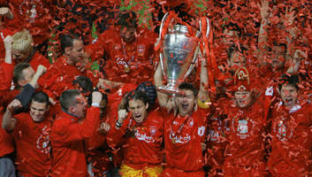 'seize the moment!': steven gerrard rallies liverpool players ahead of life changing ucl final