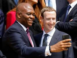Zuck and other Silicon Valley power players gathered in Paris to meet with French President Emmanuel Macron — here's who was there (CRM, IBM, FB)