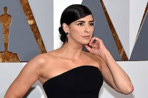 sarah silverman has 'compassion' for 'brother' louis ck, says al franken has 'no sexuality'