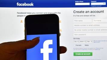 Facebook Asks Ad Buyers For Social Security Numbers
