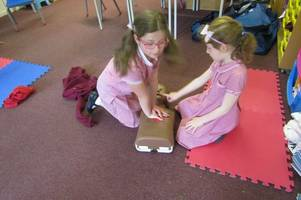 youngsters learn vital lifesaving skills at tidcombe primary school