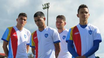 Swapping the Colombian battlefield for the football pitch