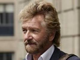 noel edmonds hijacks lloyds agm to accuse bank chairman of covering up a £1bn fraud