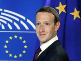 mark zuckerberg said the 'vast majority' of people actively opt into one of facebook's most invasive features (fb)