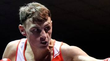 sean mccomb turns professional with mtk