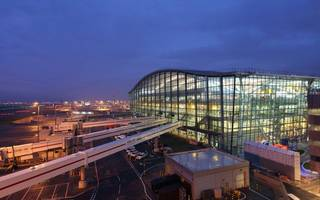 Heathrow expansion challenger lodges complaint with competition watchdog