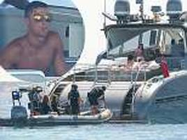 cristiano ronaldo reveals details of armed officers on his yacht