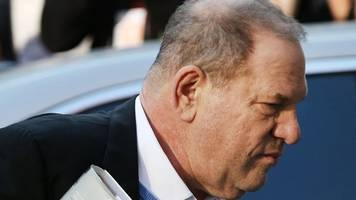 harvey weinstein surrenders to police to face sex charges