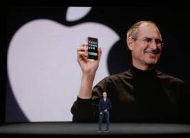 apple's plan to give away most of its cash might have had an unlikely supporter: steve jobs (aapl)