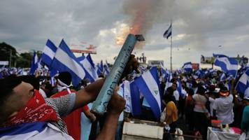 Nicaragua unrest: Thousands join renewed anti-government rallies