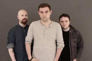 watch: the twilight sad pay tribute to scott hutchison