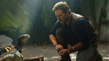 is the jurassic world sequel a flop with critics?
