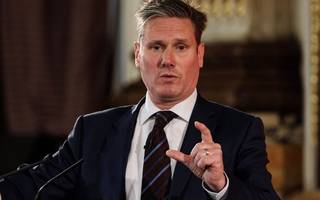 """tory rebels could """"change course of brexit"""" in customs union vote – starmer"""