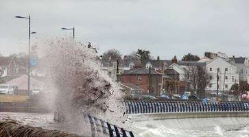 northern ireland braced for 60mph winds as met office issue yellow weather warning