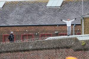 calls for chelmsford prisoner who climbed on roof to be 'strongly punished'