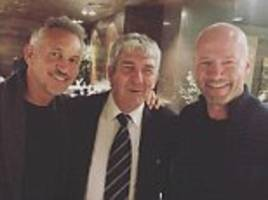 legends gary lineker, alan shearer and paolo rossi together in russia
