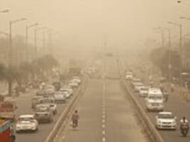 'hazardous' dust storm batters india's polluted capital