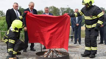 Czech president calls press conference for underwear burning