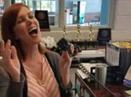 High school receptionist sings Etta James' 'At Last' over PA system