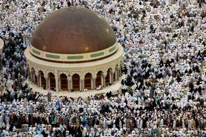 Hajj fraud rockets by 150 per cent - this is how to avoid being caught out