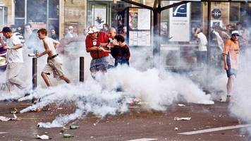 England v Tunisia: The story of the trouble at France 98