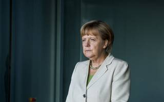 Angela Merkel accepts deadline for deal on migrants