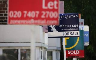 new house prices in london fall for 10th month in a row