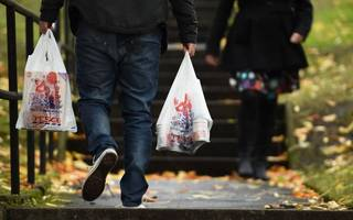 uk household incomes rise at sharpest rate since 2009