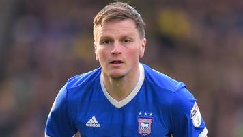 aberdeen: stephen gleeson eyes europe after joining from ipswich town