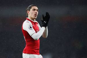 Hector Bellerin one of five Arsenal 'untouchables' Unai Emery says must stay